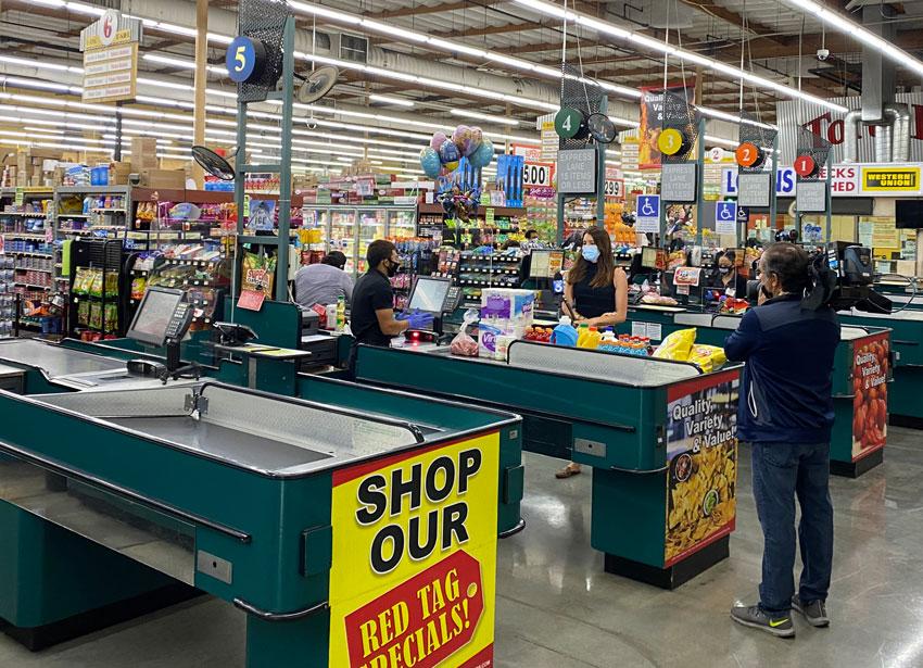 Dominguez Firm Sorprende a Compradores en Los Ángeles